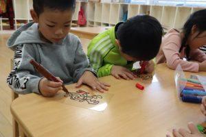 幼稚園での1日(年長組)